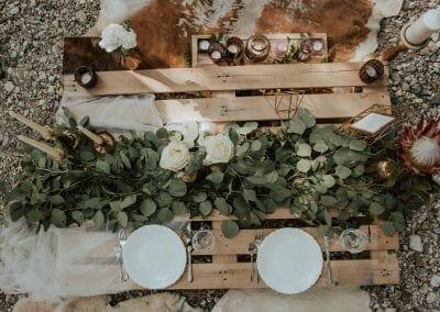 Miza za mladoporočenca